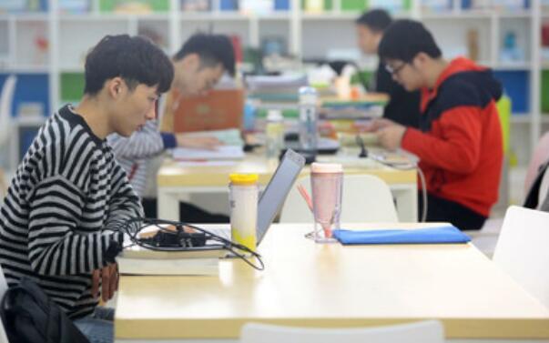 学生如何创业起步?学生的创业之路如何走?
